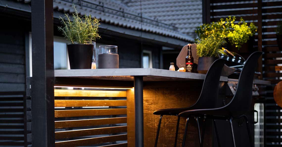 Se våre utendørs LED strips - lightstrips