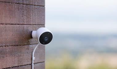 Google Nest Cam Outdoor bilde